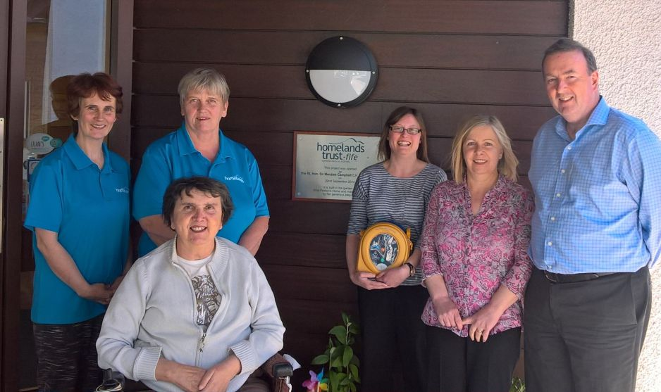 Homelands Welcomes New Defibrillator